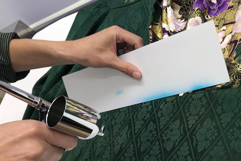着物のシミを染め直しでカバー!染色補正の種類と注意点